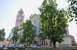 Župnijska cerkev sv. Štefana, papeža (fotograf: Sl-Ziga)